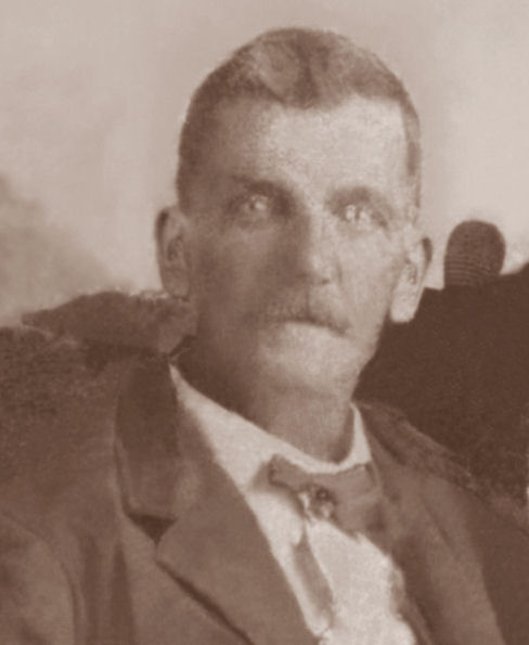 Just James Berry Walker's face cropped from the larger family photo. (Photograph provided by and in the collection of Johnny Taylor, Marshall, TX, 2016)